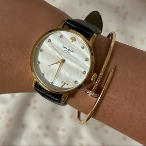 Pre-owned KATE SPADE ♠️ watch - letter T